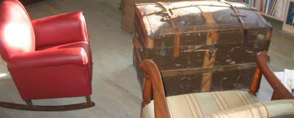 connie ward girl with a past genealogy blog 1940 vintage rocking chair trunk heirloom